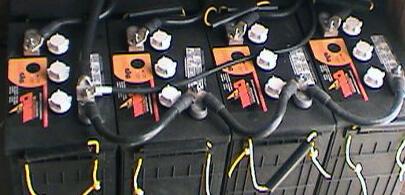 12v-Deep-Cycle-Lead-Acid-Battery-Bank